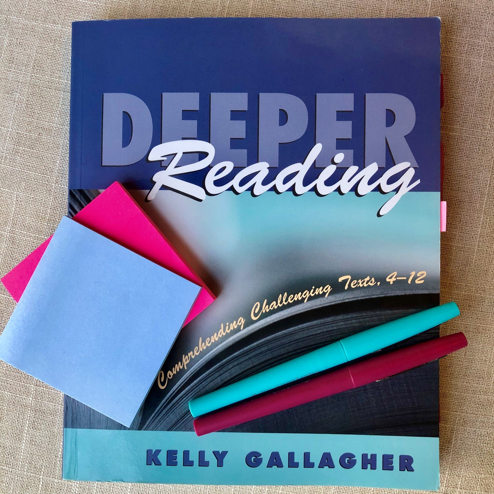 Deeper Reading by Kelly Gallagher is full of practical and effective strategies for teaching reading to older students. #ReadingLessons #SecondaryELA
